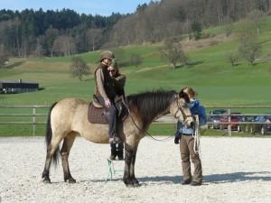 Bodywork med rytteren til hest.